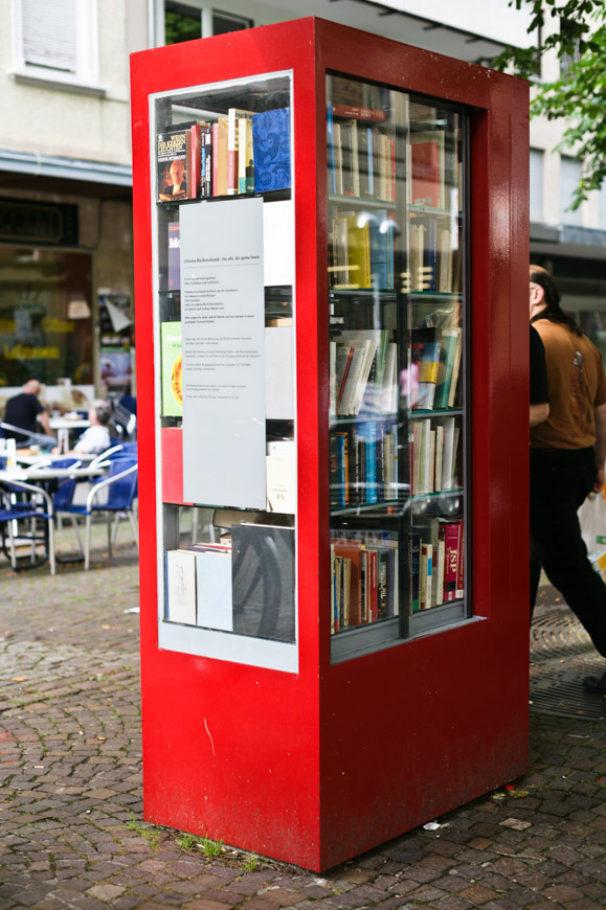 Bücherschrank Karlsruhe